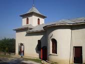 """Biserica din satul Holm cu hramul """"Adormirea Maicii Domnului"""""""