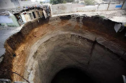 Guatemala City : Sinkhole