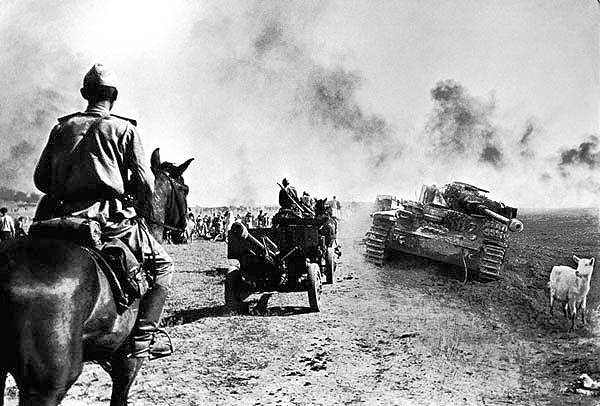 HISTORY IN IMAGES: Pictures Of War, History , WW2: SECOND ...