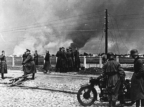 germany s invasion of poland What did the soviet union do during germany's invasion of poland in 1939 attacked poland from east (part of nazi-soviet pact)  world studies: chapter 17-wwii 36 .