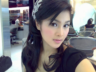 SAndra Dewi Girl