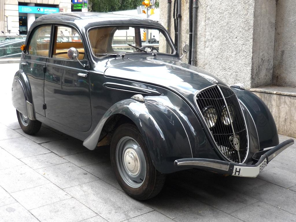Amazing Vehicles for Rent: Peugeot 202 (1948)