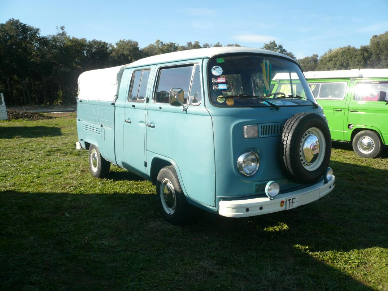 amazing vehicles for rent volkswagen t2 b pick up 1973. Black Bedroom Furniture Sets. Home Design Ideas