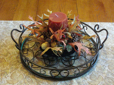 Dinning Room Table on On The Dining Room Table  I Put The Fall Runner On The Table