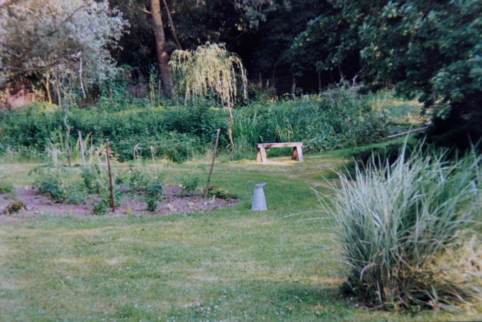 La porte en vall e maison vendre la porte en for Porte exterieur jardin