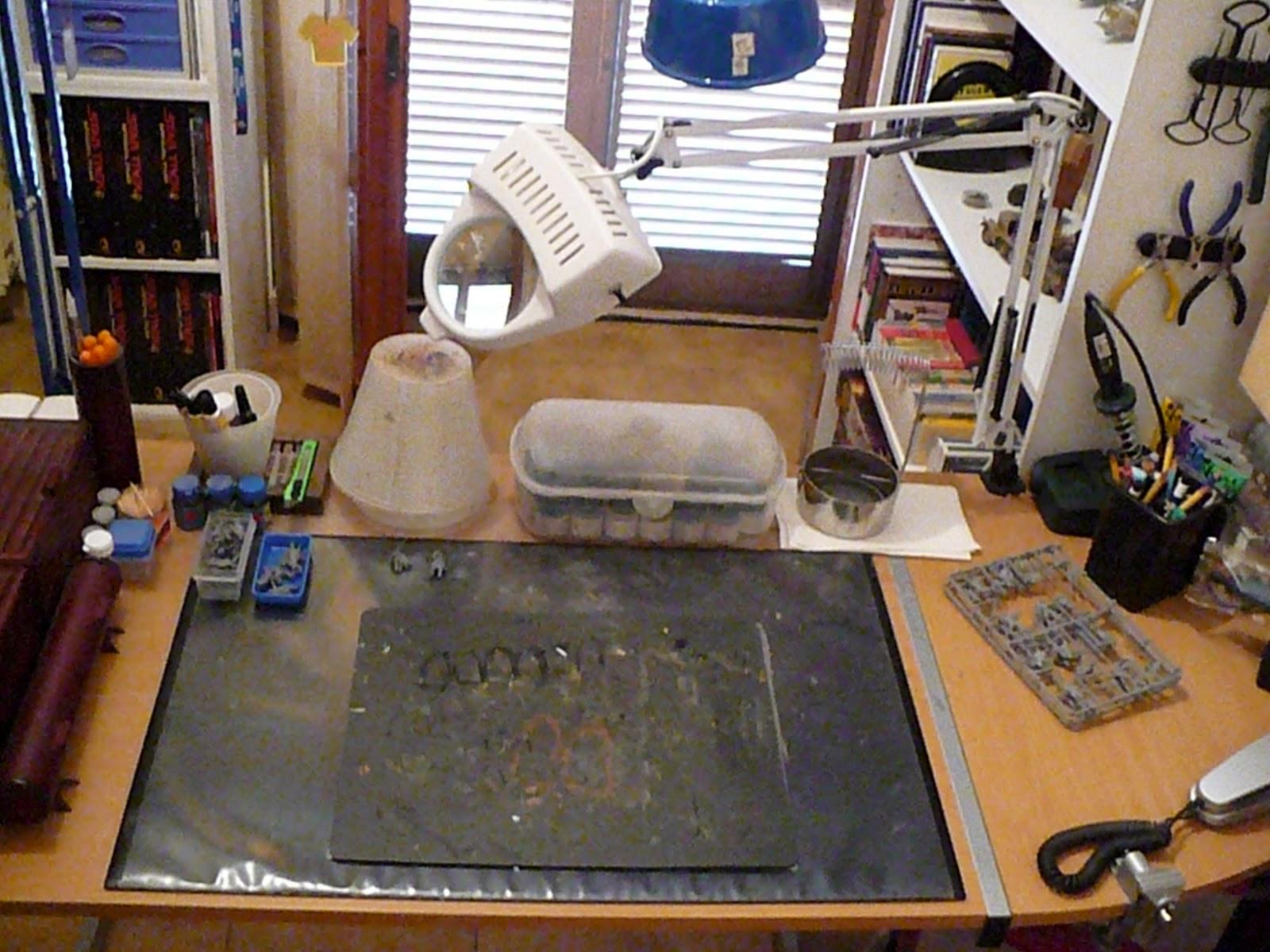 Tavoli Da Lavoro Per Modellismo : Sancta sanctorum: il tavolo da modellismo