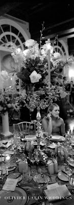 Olivier_lalin_weddings_preparation_photography_Paris_ceremony_portrait_greek wedding_grop_portrait_church_decor_table_arrangment