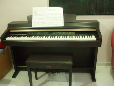 301 moved permanently for Used yamaha clavinova cvp for sale