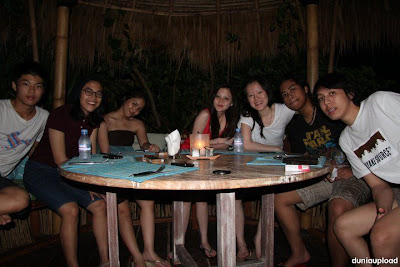 Gita Gutawa Merokok Dan Minuman Keras [ www.BlogApaAja.com ]
