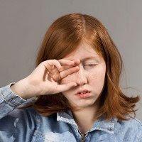 Tips Cara Menjaga Kesehatan MATA: Asyik MENGUCEK Mata Eh Setelah DIkucek Mata Jadi BUTA! SEREM!