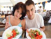 Foto CARA JITU Kontrol NAFSU Makan Gambar KIAT Sukses Diet AMAN Dan SEHAT