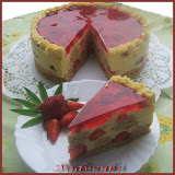 Vaníliás-epres-fahéjas torta