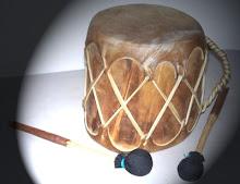 Tambores modelo pueblo,couro de bufalo ou cavalo.