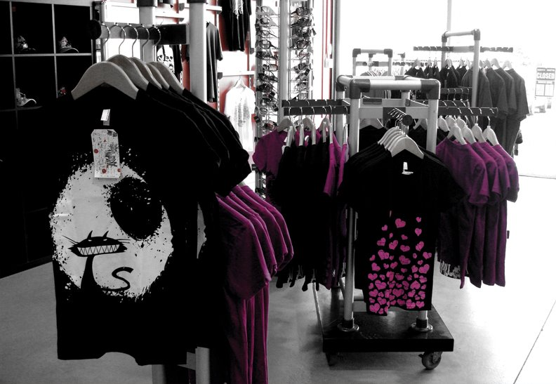 alternative apparel, american apparel store, tattoo clothes, tattoo shirts