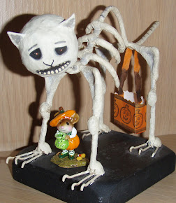 A favorite Halloween figure...