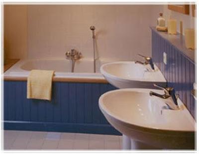 Vision on living breng kleur in je interieur - Badkamer blauw ...
