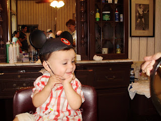 baby's 1st haircut at Disney World