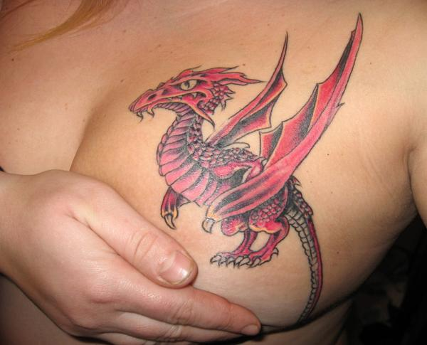 tattoos dragon. ECCENTRIC TATTOO DRAGON DESIGN