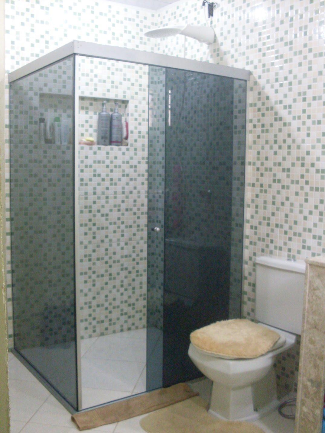 reforma da minha mãe: Volteeeeiii vcs ainda querem ver o banheiro #796952 1075x1434 Banheiro Branco Com Pastilhas Verde
