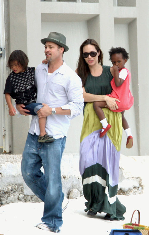 angelina jolie shoes. jolie+kids+pictures+2010