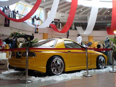 Mazda RX7 FC wedding car