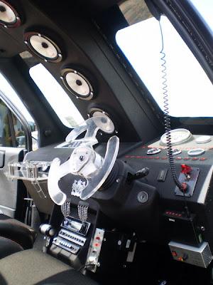 Aeroplane style dashboard