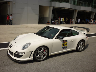 Time To Attack Sepang Porsche Gemballa