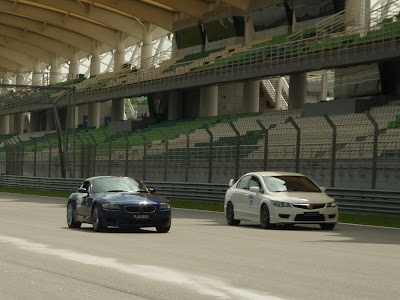 Time To Attack Sepang Civic Type R VS BMW Z4