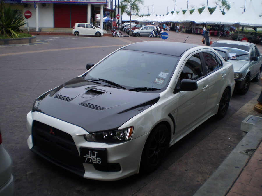 Nissan 350z Veilside Version Iii Wide Body Kit. Lancer convert Evo X Body Kit