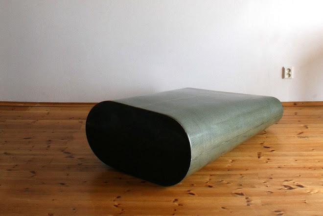 tuba2, 2006-07, kompozitni materialy, 127x93x43cm