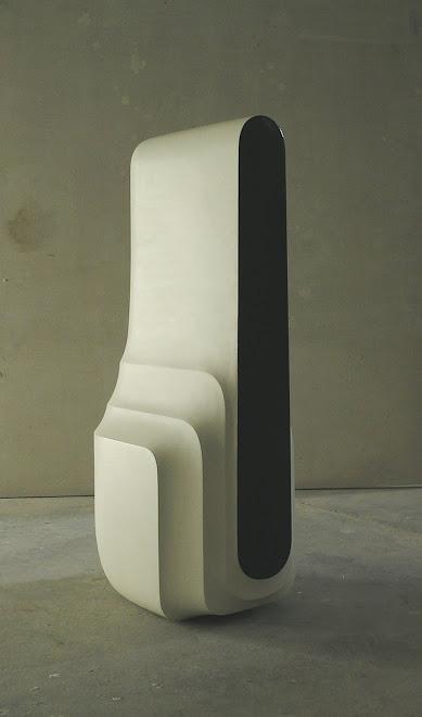 uzavřená-forma-č.VII.-2004-05,sádra,šelak,akryl,71x33x24cm
