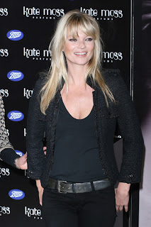 Kate Moss Lovely On Black Style Launches Her Vintage Muse