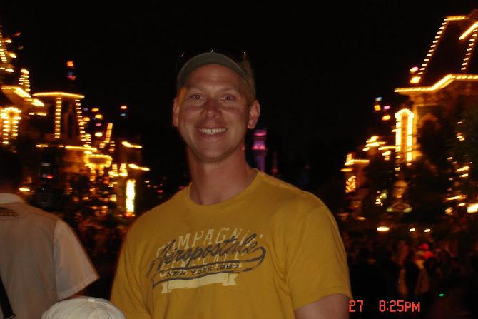 Davy~Disneyland 2008