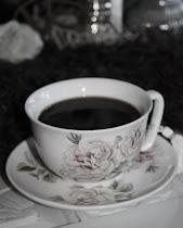 Kos deg med en kaffekopp...