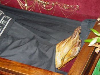 Αποτέλεσμα εικόνας για ΕΙΚΟΝΕΣ  ΑΓΙΟΙ αφθαρτα λείψανα