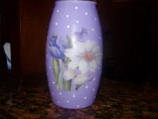 Vaso pintado e decoupado