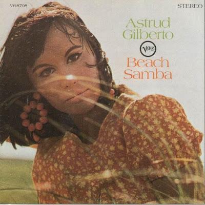 DISCOS IMPRESCINDIBLES. LOS 60'. - Página 2 Astrud+Gilberto+-+%5BBeach+Samba%5D+-+Front