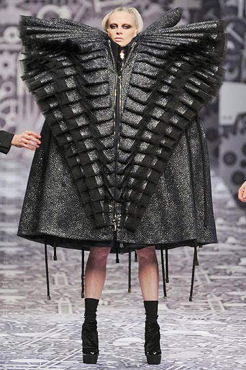 What is the point of fashion 9