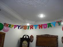Gantungan HAPPY BIRTHDAY....RM4.00 sahaja...