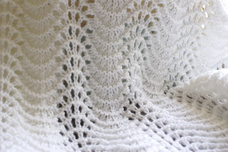 Fan And Feather Knitting Pattern For Baby Blanket : Count It All Joy!: Feather and Fan Baby Blanket
