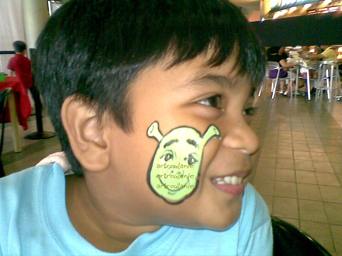Shrek Face Painting http://artniroulanie.blogspot.com/2010/05/free-face-painting-shreck-final-chapter.html