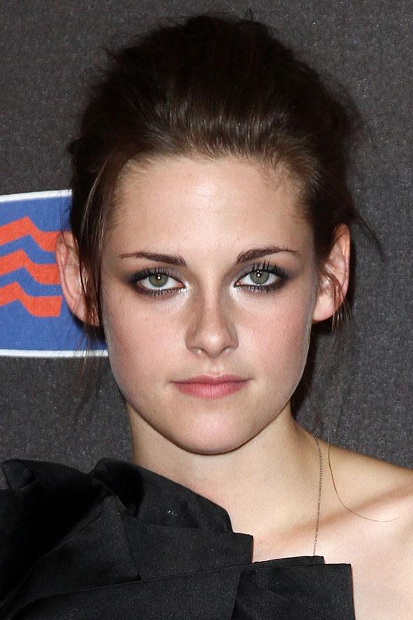Kristen Stewart Eye Makeup. her usual dark eye make-up