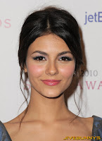 Victoria Justice 2010 Style Awards