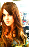 Elizabeth Gillies personal photos