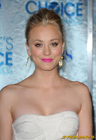 Kaley Cuoco The People's Choice Awards 2011 in Los Angeles