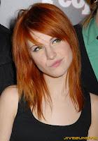 Hayley Williams red hair black top