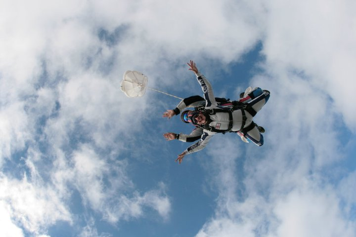 skydiving in rome