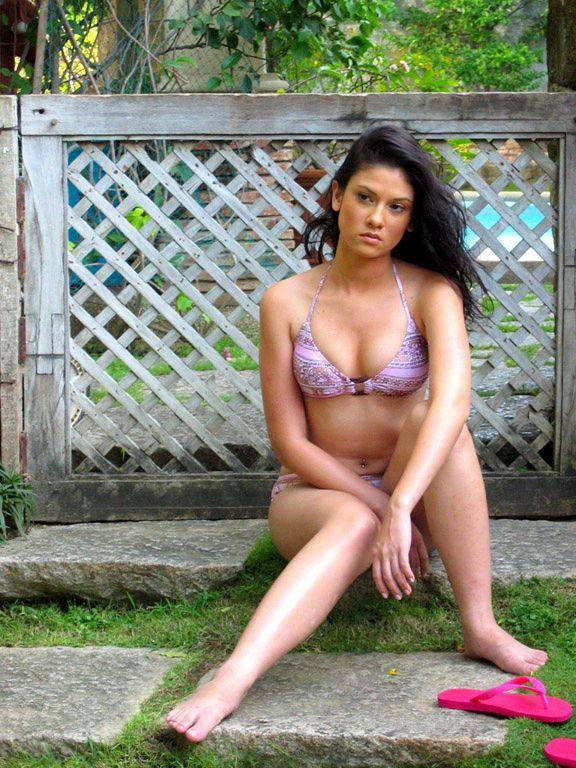 Filipino Actress Bianca King Biography and Bikini Photos cleavage