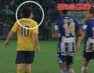 video del escupitajo de Messi a Duda, foro de fútbol Rafanomejodas, escupir, antideportivo