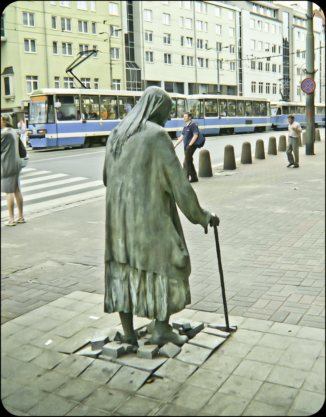 2006 Pomnik Anonimowego Przechodnia Fotoblog Miejsc